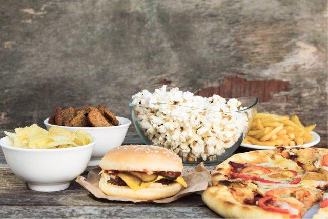 La publicidad de comida basura guarda una relación directa con la obesidad.
