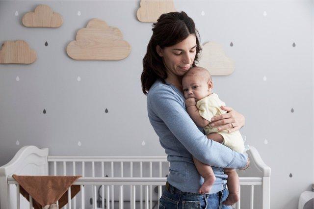 Las mujeres españolas posponen la decisión de ser madres por primera vez.