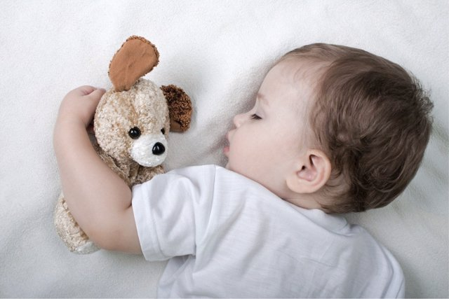 El uso de melatonina en niños debe ser acompañado de una buena higiene de sueño.