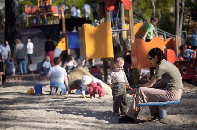 Los parques infantiles conllevan normas de seguridad.