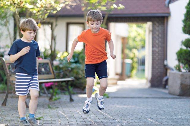 Cómo hacer a un niño inteligente antes de irse a la calle.