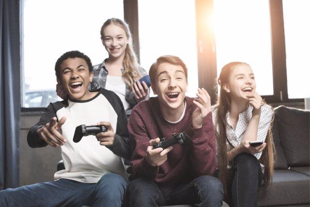 Los videojuegos afectan al desarollo de los pequeños.