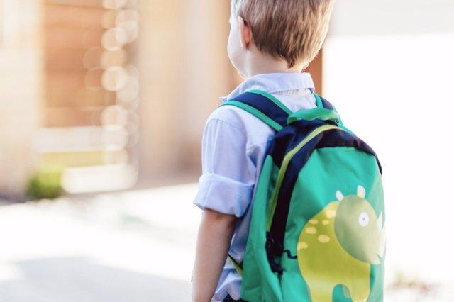 El dolor de espalda en escolares puede evitarse con ejercicio.