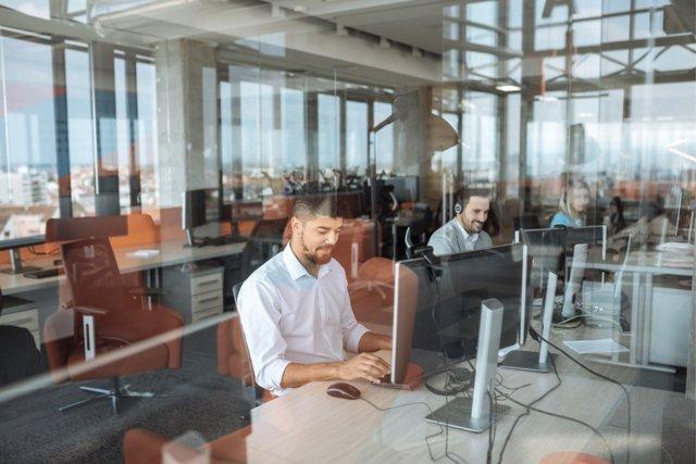 Nuevos tiempos, nuevos empleos según los universitarios españoles.