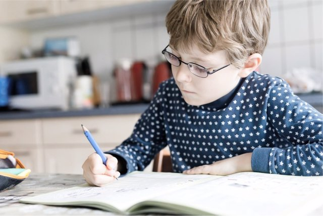 La clave para tener éxito en los deberes escolares es aprender a organizarse.