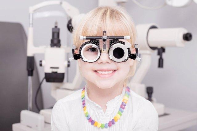 La miopía en niños crece a medida que cumplen años.