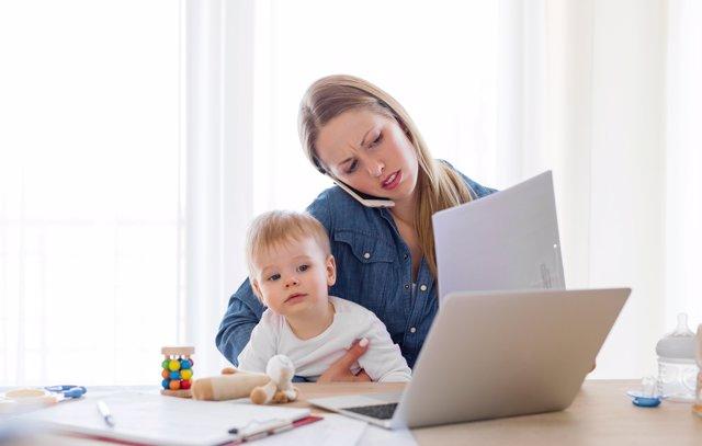 El IRPF de la baja por maternidad