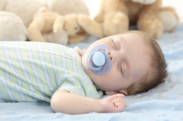 Los mejores consejos para limpiar el chupete de los bebes.
