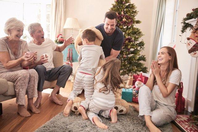Juega con tus hijos esta Navidad