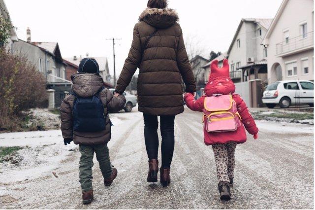 Vuelta al colegio en invierno.