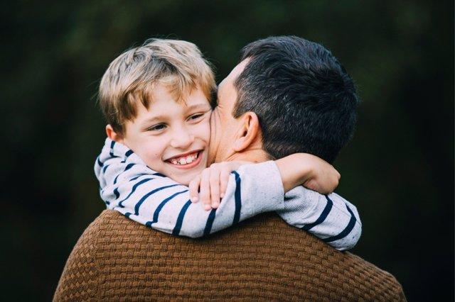 Los padres pueden ser la mejor ayuda en la educación de sus hijos.
