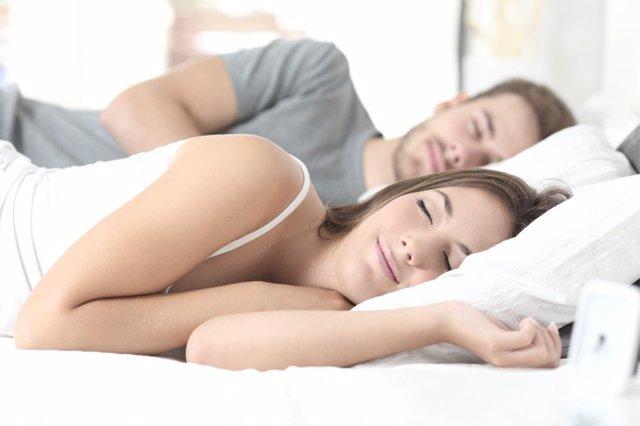 La calidad del sueño en el matrimonio puede mejorarse con estos consejos.