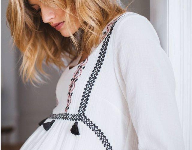 b5f0d2a5c Viste tu embarazo  elige ropa premamá con estilo