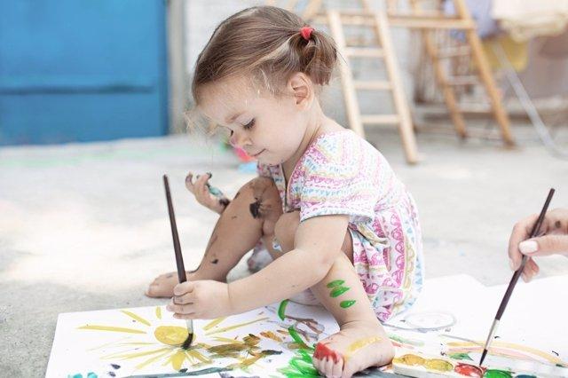 Este verano pasa un rato estimulante y dievertido con tu bebé. Juegos para bebés y niños de 0 a 3 años.