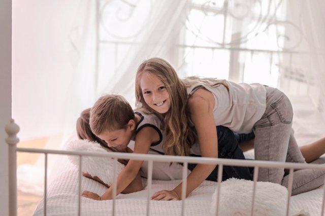 Cómo conseguir que tus hijos sean generosos con el prójimo próximo