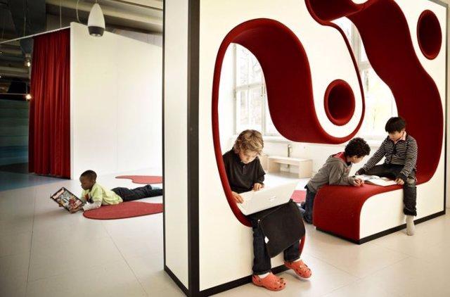 Escuela Vittra Telefonplan. Diseño Rosan Bosch
