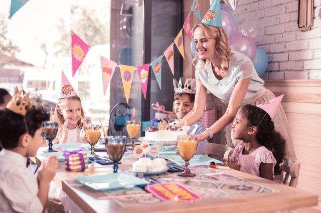 ¿Nos Estamos Pasando Con Las Celebraciones De Los Cumpleaños De Los Niños?