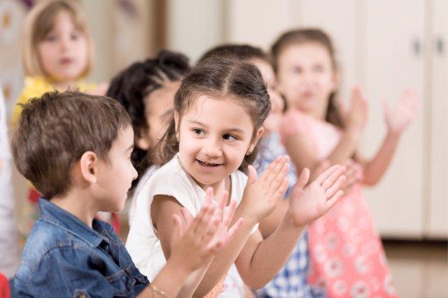 CEAPA propone convertir el colegio en un espacio completamente seguro para los estudiantes, cuidando su salud física y mental.